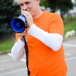 Hlavní organizátor Michal 'may' Hrubý z Doubleageny. Zorganizovat dav 50ti hravých dospělých není nic jednoduchého.