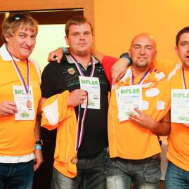 Bronzový oranžový tým
